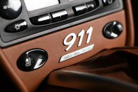 2000 Porsche 911 Carrera 4