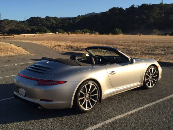 2013 Porsche 911 Carrera 4S Cabriolet:12 car images available
