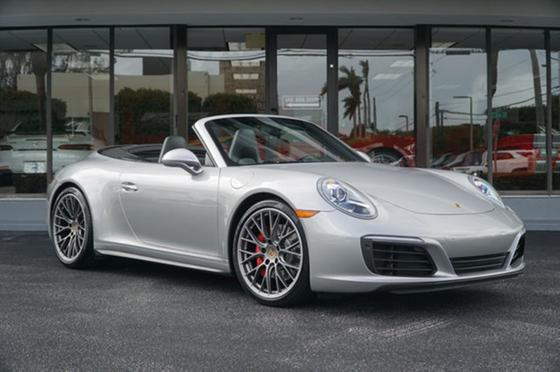 2017 Porsche 911 Carrera 4S Cabriolet:24 car images available