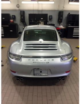 2015 Porsche 911 Carrera 4S:2 car images available