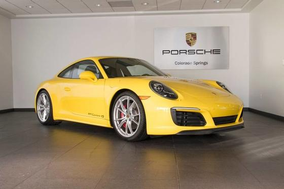 2017 Porsche 911 Carrera 4S:23 car images available