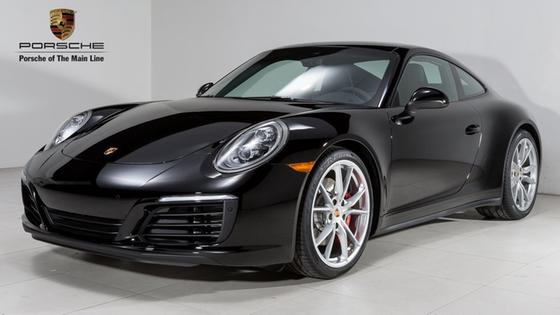 2018 Porsche 911 Carrera 4S:23 car images available