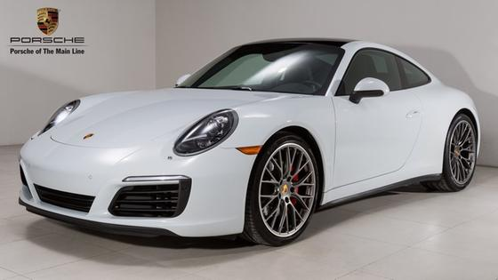 2017 Porsche 911 Carrera 4S:22 car images available