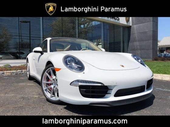 2016 Porsche 911 Carrera 4S:23 car images available