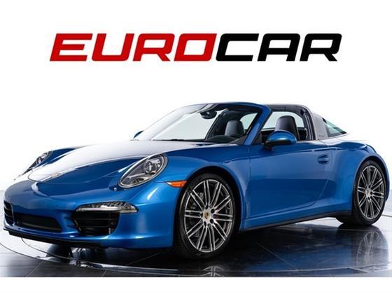 2015 Porsche 911 Carrera 4S:24 car images available