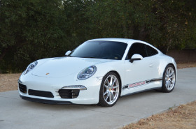 2015 Porsche 911 Carrera 4S:6 car images available