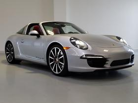 2015 Porsche 911 Carrera 4S:24 car images available