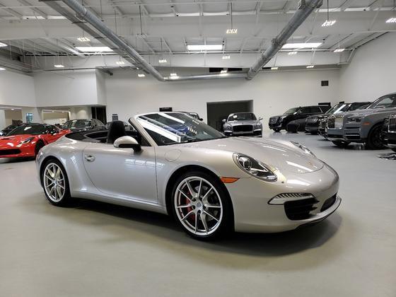 2013 Porsche 911 Carrera 4S:24 car images available