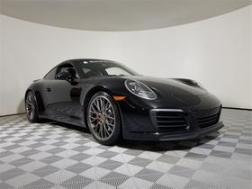 2019 Porsche 911 Carrera 4S:24 car images available