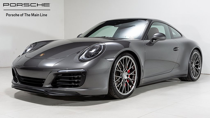 2019 Porsche 911 Carrera 4S:21 car images available