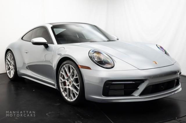 2020 Porsche 911 Carrera 4S:19 car images available