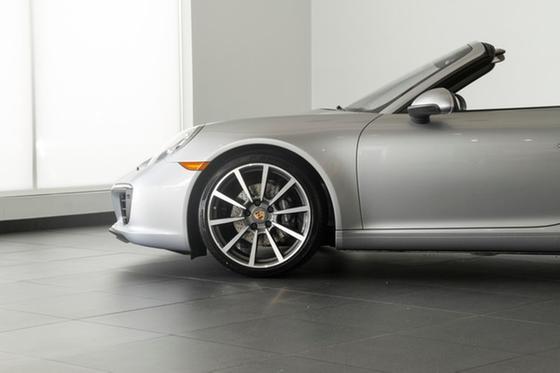 2017 Porsche 911 Carrera Cabriolet