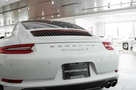 2017 Porsche 911 Carrera S