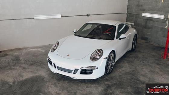 2015 Porsche 911 Carrera S:23 car images available
