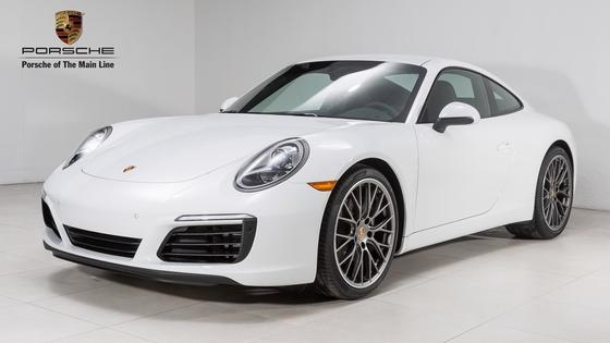 2017 Porsche 911 Carrera:20 car images available