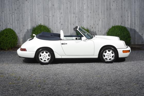1991 Porsche 911 Carrera:24 car images available