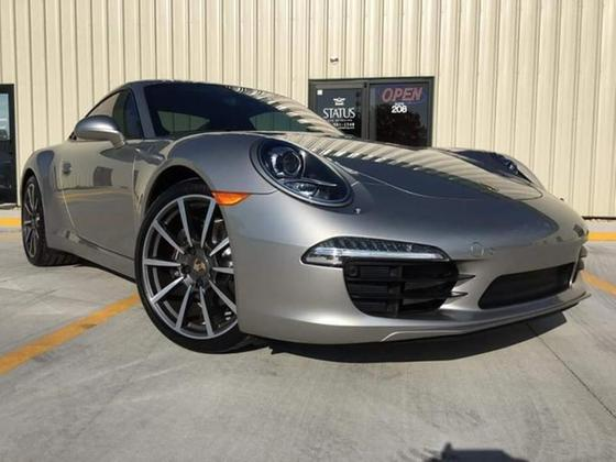 2013 Porsche 911 Carrera:24 car images available
