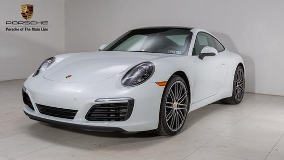 2018 Porsche 911 Carrera:23 car images available