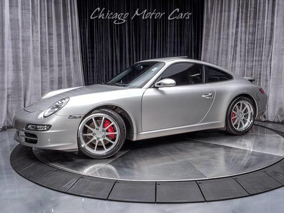 2005 Porsche 911 Carrera:24 car images available