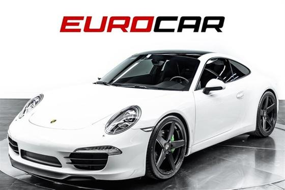 2014 Porsche 911 Carrera:24 car images available