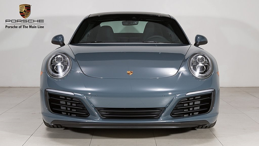 2018 Porsche 911 Carrera:16 car images available