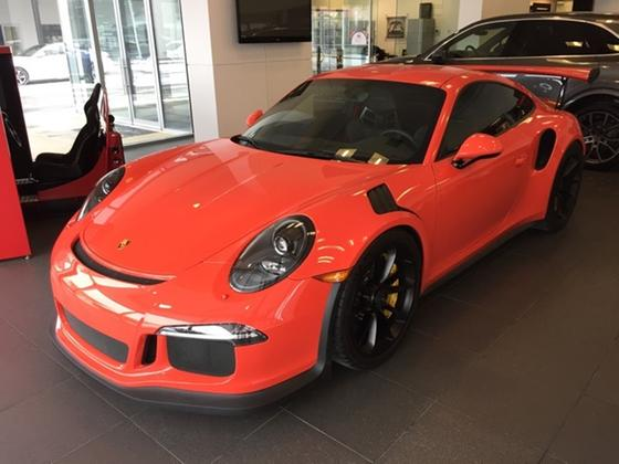 2016 Porsche 911 GT3 RS:11 car images available