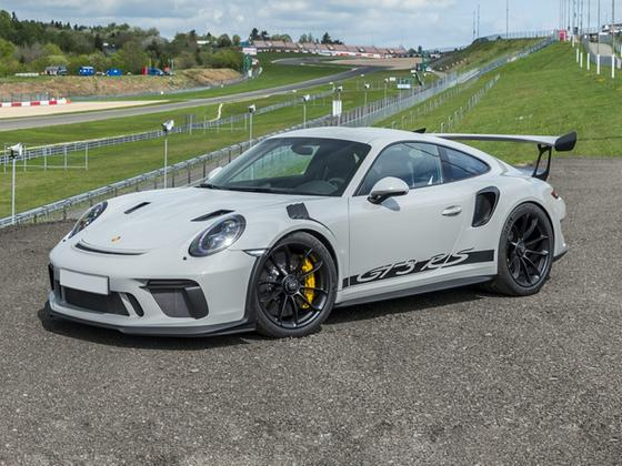 2019 Porsche 911 GT3 RS : Car has generic photo