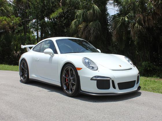 2015 Porsche 911 GT3:6 car images available
