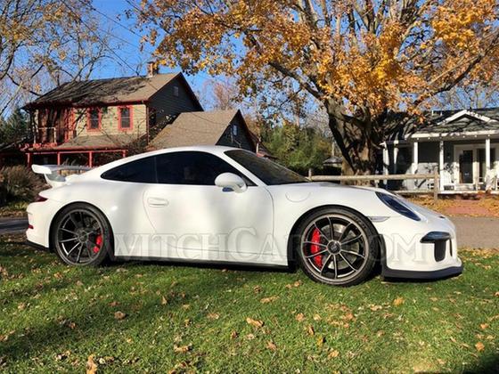 2014 Porsche 911 GT3 : Car has generic photo
