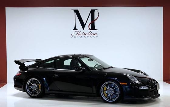 2011 Porsche 911 GT3:24 car images available