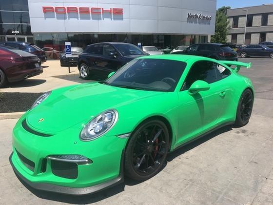 2015 Porsche 911 GT3:20 car images available