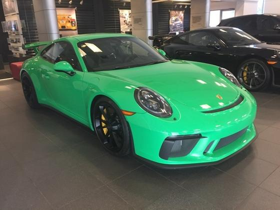 2018 Porsche 911 GT3:9 car images available