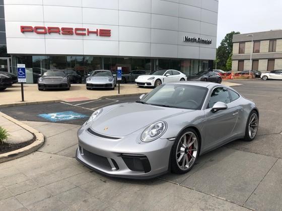 2019 Porsche 911 GT3:16 car images available