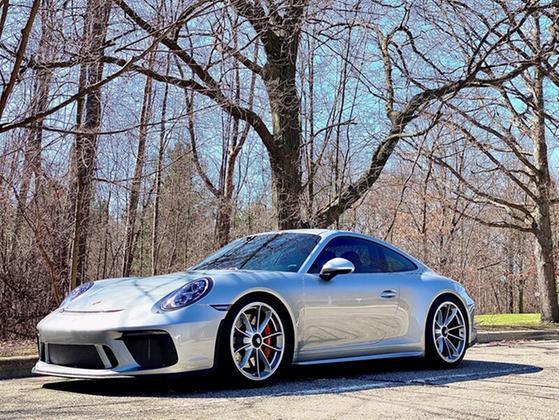 2018 Porsche 911 GT3:8 car images available