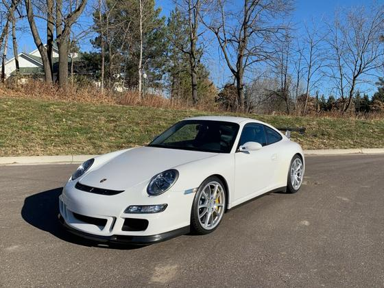 2007 Porsche 911 GT3:5 car images available