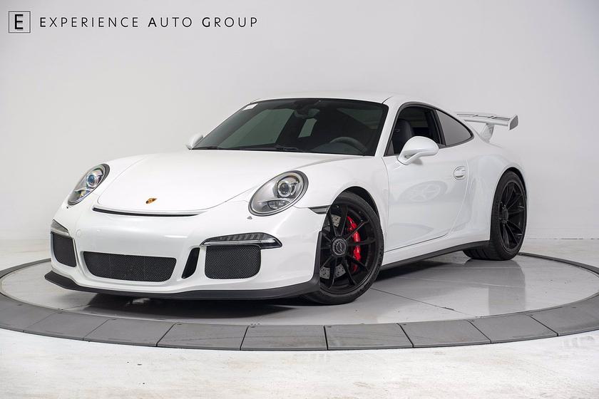 2014 Porsche 911 GT3:24 car images available