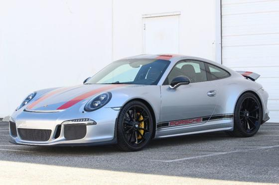 2016 Porsche 911 R:24 car images available