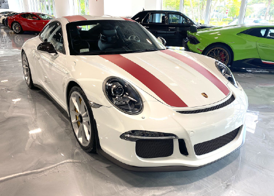 2016 Porsche 911 R:6 car images available