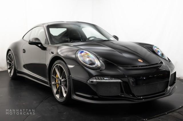 2016 Porsche 911 R:17 car images available