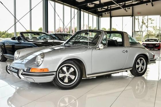 1971 Porsche 911 S:24 car images available