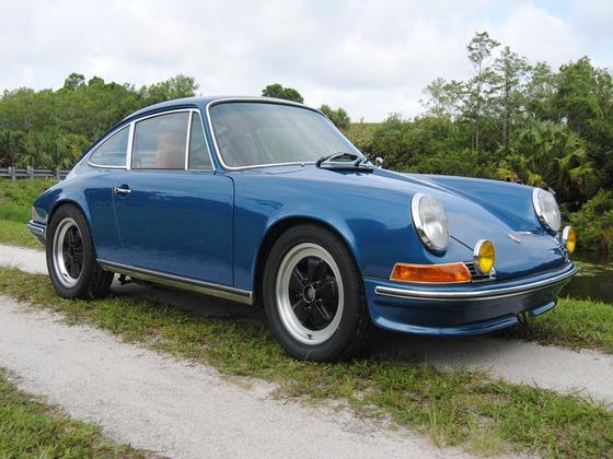 1971 Porsche 911 T:10 car images available