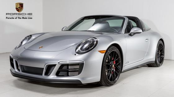 2017 Porsche 911 Targa 4 GTS:23 car images available