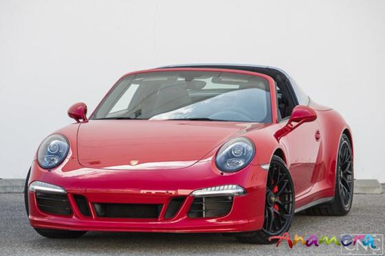 2016 Porsche 911 Targa 4 GTS:13 car images available