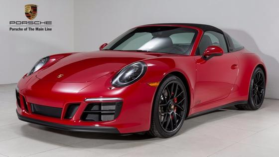 2018 Porsche 911 Targa 4:22 car images available