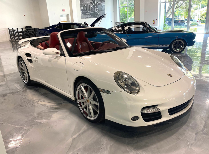 2009 Porsche 911 Turbo Cabriolet:9 car images available