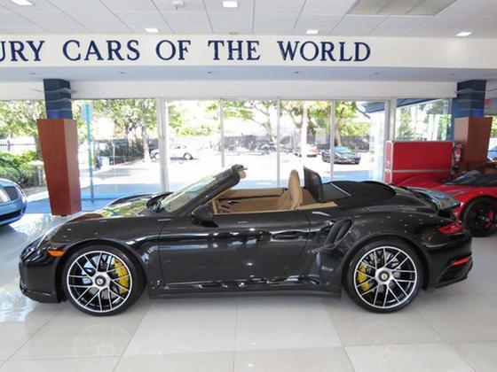 2017 Porsche 911 Turbo S Cabriolet:24 car images available