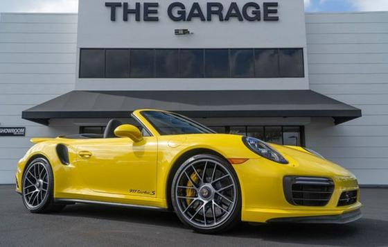 2017 Porsche 911 Turbo S Cabriolet:24 car images available