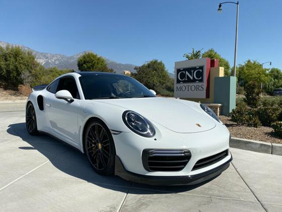 2017 Porsche 911 Turbo S:9 car images available