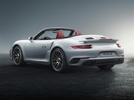 2017 Porsche 911 Turbo S : Car has generic photo