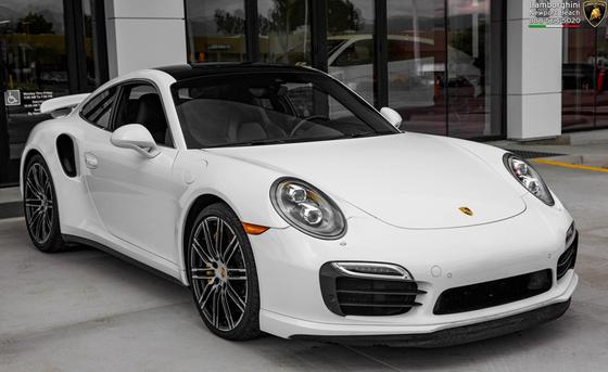 2014 Porsche 911 Turbo S:24 car images available